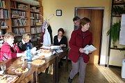 Volby v obci Boudy.