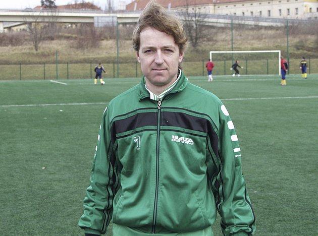 Jiří Kunt (na snímku) odehrál proti Hradešicím velmi dobré utkání a dvěma vstřelenými góly se podílel na vítězství mužstva Sokola Čížová v poměru 9:0.