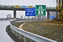 Nově dostavěný úsek D4 u Skalky.