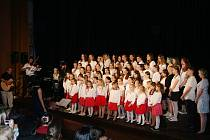 Jarní koncert dětských pěveckých sborů v Protivíně.