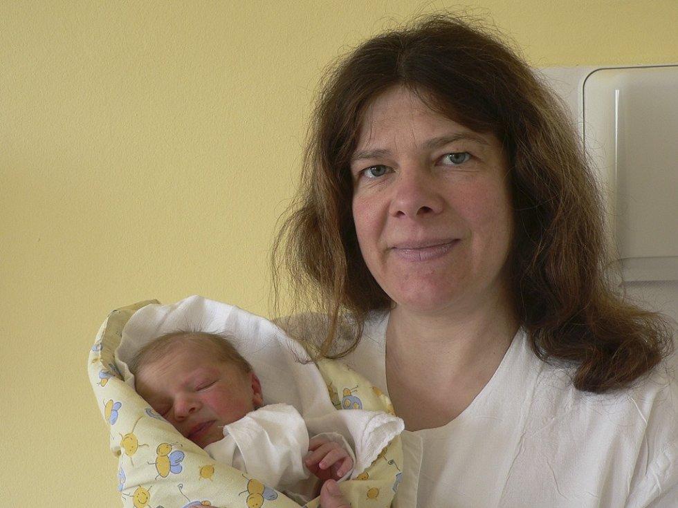Vanessa Hanusová, 12.4.2009, 1.06 hodin, 2600 g, 47 cm, Písek