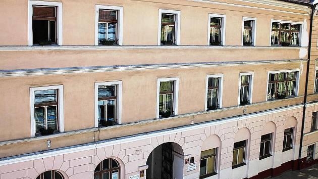 Bývalá budova obchodní akademie v Karlově ulici v Písku.