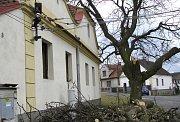 Zámecký pak lázeňského sanatoria ve Vráži.