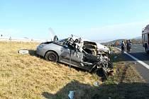 Závažná dopravní nehoda se stala za Pískem směrem na Prahu u obce Chlaponice. Řidič nákladního au