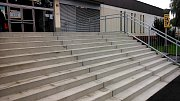 Nové schodiště u píseckého plaveckého bazénu.
