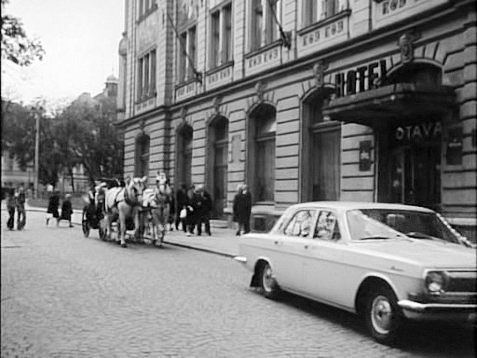 HOTEL. Hotel Otava se za sedmatřicet let prakticky nezměnil.