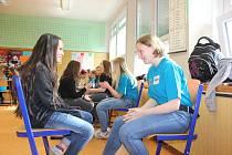 Žáci z Bavorska  navštívili své vrstevníky v Záhoří. Zábavnou formou si tu společně procvičovali češtinu a němčinu.