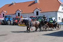 Den zemědělce a venkova na školním statku.