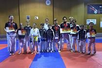 Závodníci SKP karate Písek, kteří se zúčastnili krajské ligy v Hluboké nad Vltavou.