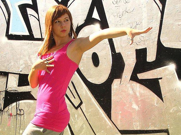 Tanečnice a studentka Adéla Kašparová.