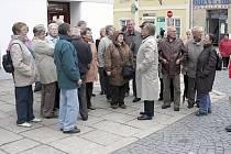 Senioři z partnerského bavorského města Deggendorfu si prohlédli historické centrum Písku.