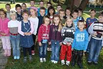 Prvňáčci ze Šobrovy školy.