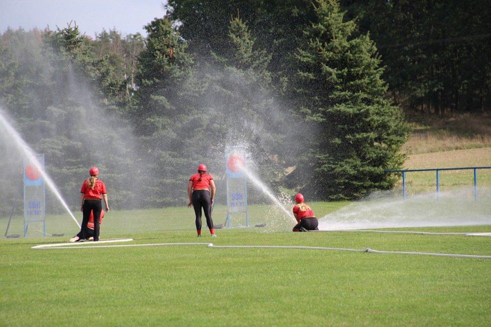 Předposlední kolo okresní hasičské soutěže ve Skalách.