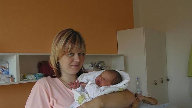 Adéla Šjenová, 26. 8. 2009,  6.31 hodin, 3700 g, 53 cm, Jamný