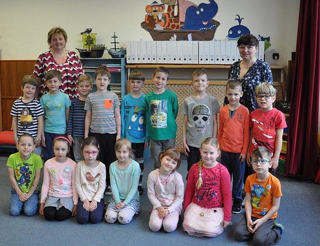 Děti z8. Mateřské školy vPísku - Modrá třída