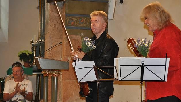 Koncert Lubomíra Brabce a Jaroslava Svěceného v Písku.