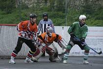 Hokejbalisté HC ŠD Písek sehrají v sobotu 14. května od 11 hodin úvodní zápas semifinále play off oblastní ligy. Soupeřem jim bude tým HBC Zliv.
