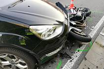 V Pasekách na Písecku po střetu s autem zemřel motocyklista.