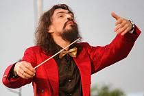 Varhan Orchestrovič Bauer.