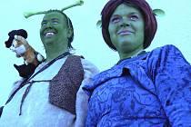 Shrek a Fiona na Hrad! - volaly maškary na masopustu v Paměticích.