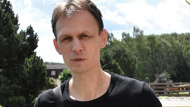 Trenér Vladislav Jordák vstupuje s Pískem do jarní části Mol ligy nedělním utkáním s Hodonínem.