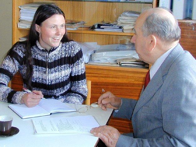 Petra Bernathová se na senátora obrátila s žádostí o informace o možné dotaci na koňskou farmu v Semicích
