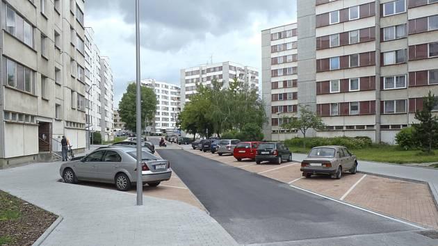 Část sídliště Portyč v Písku, která již prošla revitalizací.