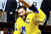 POSTUPOVÁ RADOST. Karel Mošovský si v loňské sezoně mohl vychutnat postup Písku z krajského přeboru do druhé ligy.