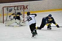 Doma písečtí hokejisté Příbram v přípravě porazili 4:3, nyní na ledě soupeře padli 3:6.