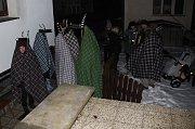 Kovářovan udržuje tradici chození klibny s kozlíky.