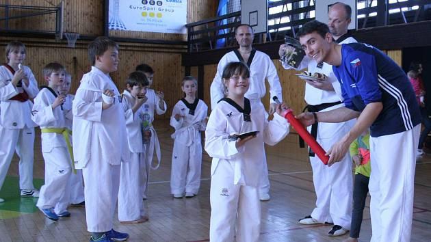 Děti z protivínského oddílu taekwonda se učily Chanbaru.