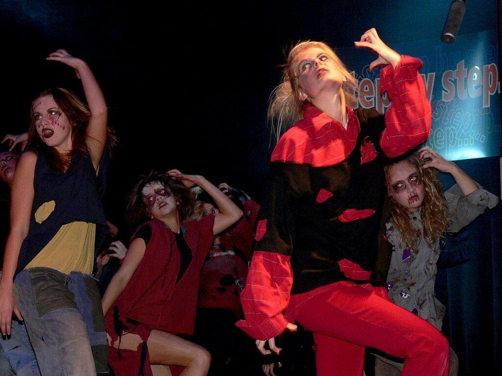 Step by step - 13.10. 2008 - Kulturní dům v Písku.