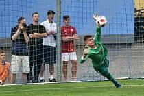 Rozhodující penaltový zákrok brankáře Slavie Fülöpa.