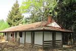 Dětská psychiatrická nemocnice prodala svůj tábor v Kolišově.