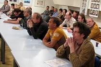 Veřejné zasedání kulturní komise ve Sladovně v Písku - 29.4. 2008.