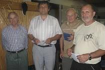 Na valné hromadě OSS ČSTV Písek převzali ocenění (zleva): Jaroslav Kubeš, Jaroslav Branšovský, Václav Marek a Jiří Klouda.