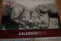 Písecká charita vydala kalendář.