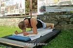 Josef Šálek z Písku vydržel ve cvičební pozici zvané plank nepřetržitě po dobu 2:16:12,10 hodin.
