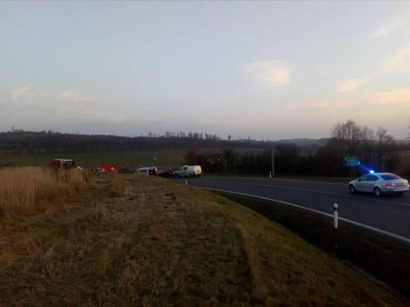 Nehoda mezi obcemi Drhovle a Třebkov u Předotic na Písecku.