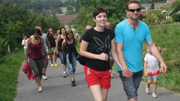Lidé ve čtvrtek vyrazili na horu Tábor u Nemějic.