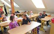 V ZŠ Čížová zahájilo školní rok 69 žáků, z toho 13 prvňáčků.