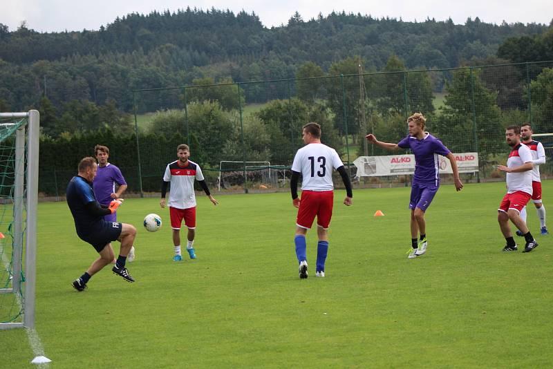 Interplex - Plzeň 2 Slovany 0:8.