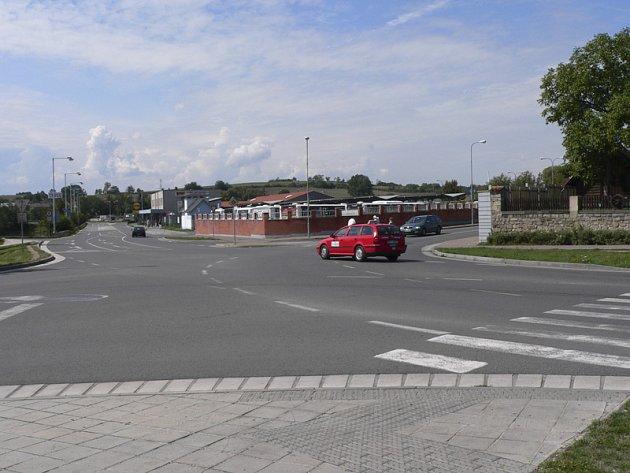 Nové přechody vzniknou také u plánované kruhové křižovatky u zábavného centra Družba, které se nachází poblíž autobusového nádraží v Písku.