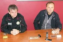 Divizní utkání FC Písek – FK Slavoj Český Krumlov (3:1) hodnotí trenéři obou týmů: domácí Karel Musil (vlevo) a hostující Jiří Svoboda.