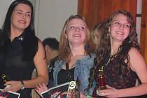 Tři nejlepší zpěvačky (zleva): Nina Radostová (3. místo), Adéla Hadáčková (2. místo) a Anna Pintová (první místo).