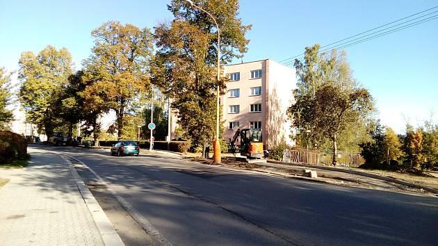Obnova chodníků v Milevsku.