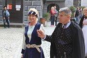 V rámci historického průvodu vystoupili také Fedrfechtýři.