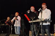 Seniorský večer ~ Marcel Zmožek, Josef Zoch a Otava Band.