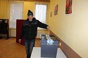 Volby v Kostelci nad Vltavou.