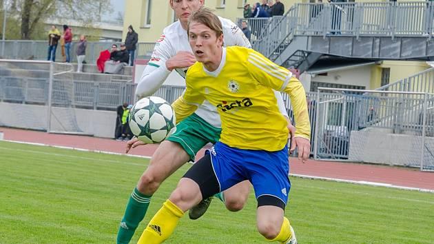 Momenty z třetiligového utkání FC Písek - FC Olympia Hradec Králové